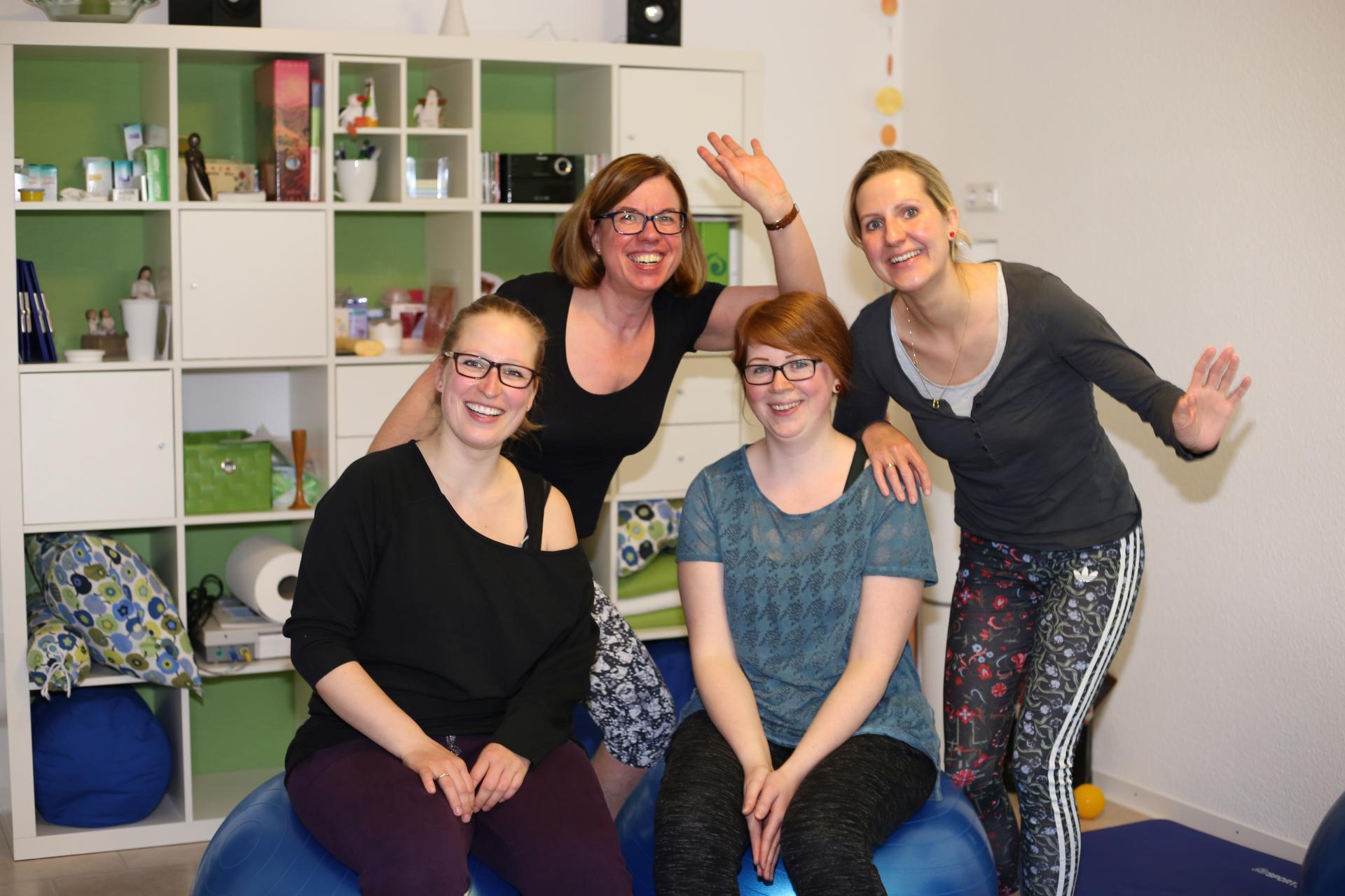 Gruppenbild der Teilnehmer des Rückbildungs-Kurses